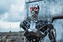 robot-dong-vai-tham-tu-hinh-su